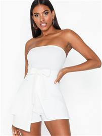 Missguided Bandeau Tie Front Playsuit