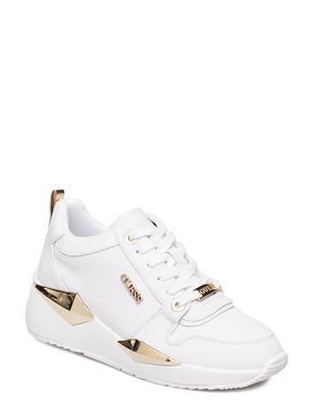 GUESS Tallyn/Active Lady/Leather Lik Matalavartiset Sneakerit Tennarit Valkoinen GUESS WHITE