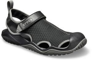 Crocs Swiftwater Mesh Deck sandaalit Miehet, black