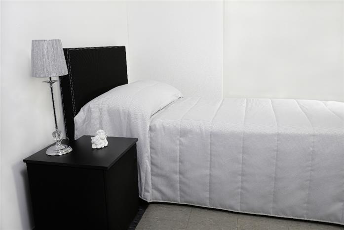 Aurelia-päiväpeite 250 x 260 cm, harmaa