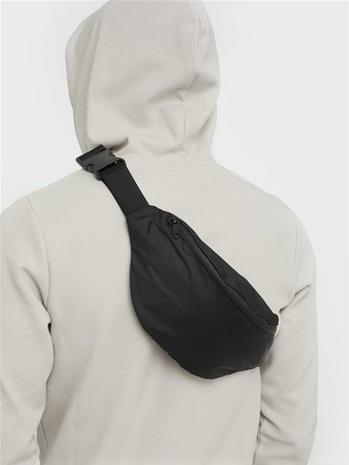 SHU Bum Bag Laukut Musta