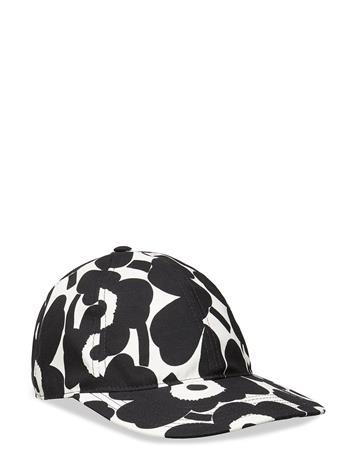 Marimekko Halko Mini Unikko Cap Accessories Headwear Caps Monivärinen/Kuvioitu Marimekko OFF WHITE,BLACK
