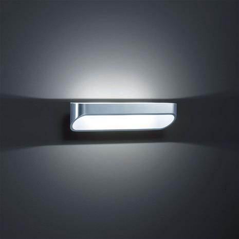 Helestra Moderni LED-seinävalo Onno 30 cm, kiillotettu alu