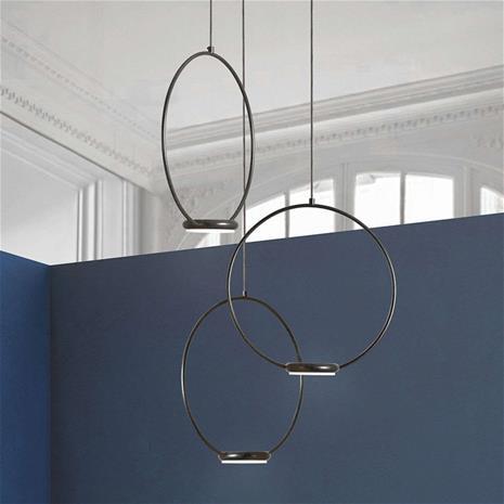 Gibas Kolmilamppuinen Odigiotto -LED-kattovalo, musta