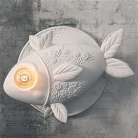 Karman Design-seinävalaisin Aprile, kalanmuotoinen