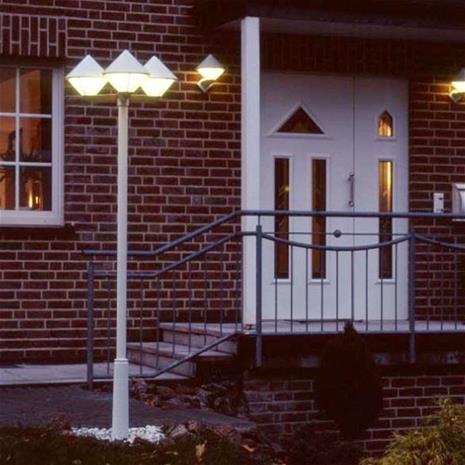 Albert Leuchten Moderni lyhtypylväs 181, valkoinen, 3-lamppuinen