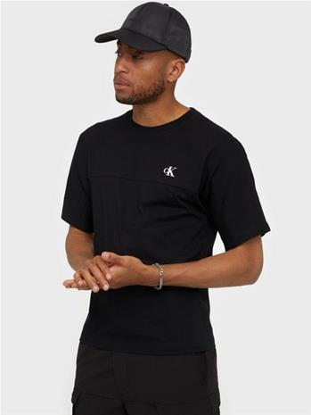 Calvin Klein Jeans Puff Print Back Logo T-Shirt T-paidat ja topit Black