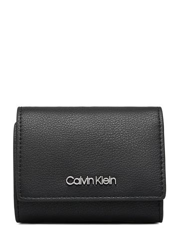 Calvin Klein Ck Must Trifold Xs Bags Card Holders & Wallets Wallets Musta Calvin Klein BLACK