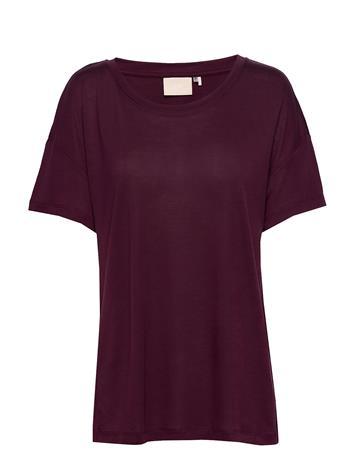 Karen By Simonsen Besskb Tee T-shirts & Tops Short-sleeved Liila Karen By Simonsen WINETASTING