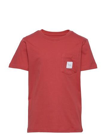 Makia Pocket T-Shirt T-shirts Short-sleeved Punainen Makia RED