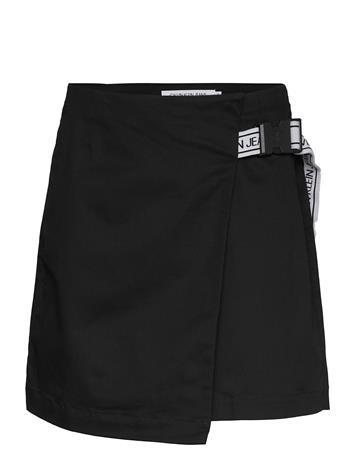 Calvin Klein Jeans Buckle Logo Strap Skirt Lyhyt Hame Musta Calvin Klein Jeans CK BLACK