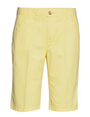 Esprit Casual Shorts Woven Bermudashortsit Shortsit Keltainen Esprit Casual LIME YELLOW