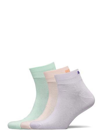 PUMA Puma Unisex Lifestyle Quarters 3p Underwear Socks Regular Socks Valkoinen PUMA MIXED COLORS