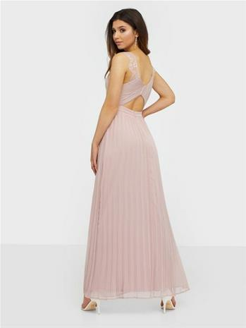 NLY Eve Fancy Back Lace Gown Vaaleanpunainen