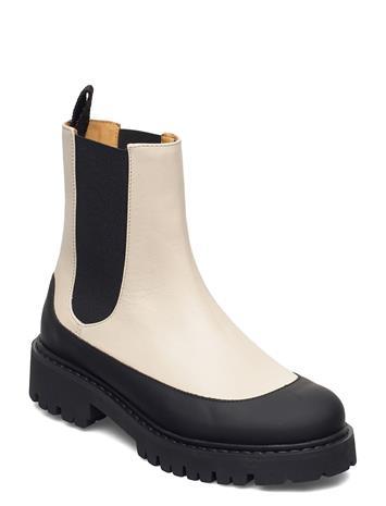 By Malene Birger Anna Shoes Chelsea Boots Kermanvärinen By Malene Birger CREAM