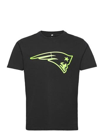 Fanatics New England Patriots Neon Pop Core Graphic T-Shirt T-shirts Short-sleeved Musta Fanatics BLACK