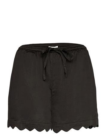 Underprotection Jane Shorts Shortsit Musta Underprotection BLACK