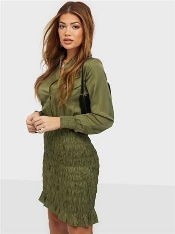 Vero Moda Vmzadia Short Ls Smock Dress Fx Ivy Green