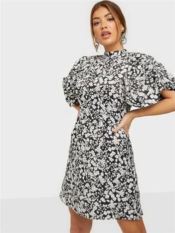 Vero Moda Vmlydia S/S High Neck Short Dress F Snow White Flower