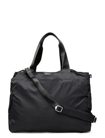 SANDQVIST Hailey Bags Weekend & Gym Bags Musta SANDQVIST BLACK