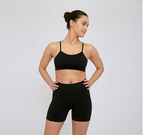 Organic Basics Naisten Active Yoga Shortsit - Kierrätettyä Nylonia, Black / XL-XXL