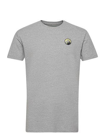 Kronstadt Mountain Tee T-shirts Short-sleeved Harmaa Kronstadt GREEN MOUNTAIN