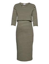 Mamalicious Mlotea June 3/4 Jersey Midi Dress 2f. A. Dresses T-shirt Dresses Vihreä Mamalicious OLIVINE