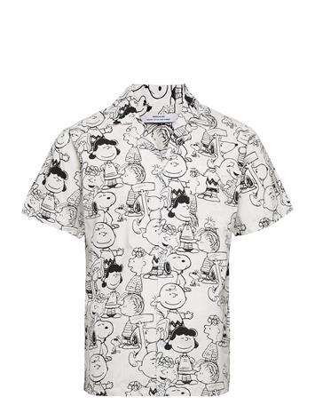 DEDICATED Shirt Short Sleeve Marstrand Peanuts Aop Off-White Lyhythihainen Paita Harmaa DEDICATED MULTI COLOR