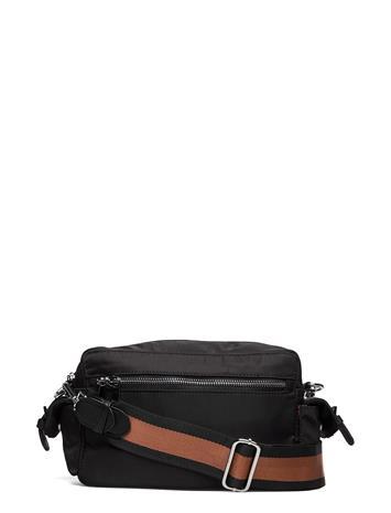 Adax Novara Shoulder Bag Nadja Bags Small Shoulder Bags - Crossbody Bags Musta Adax BLACK
