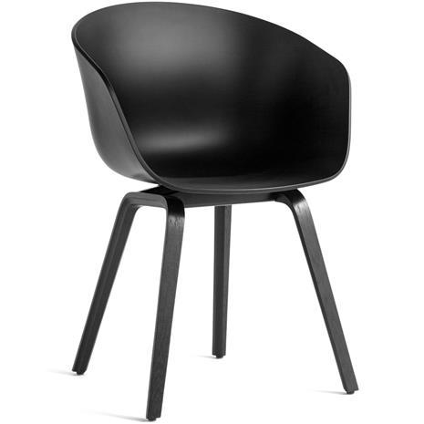 Hay Hay-AAC 22 Tuoli, Vesipohjaisella Lakalla Käsitelty Tammi Musta / Musta