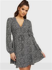 Glamorous Nelly x Glamorous Long Sleeve Flounce Dress