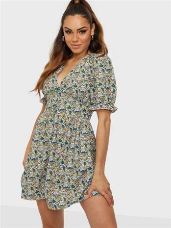 Jacqueline de Yong Jdymaggie Mia 2/4 Short Dress Wvn