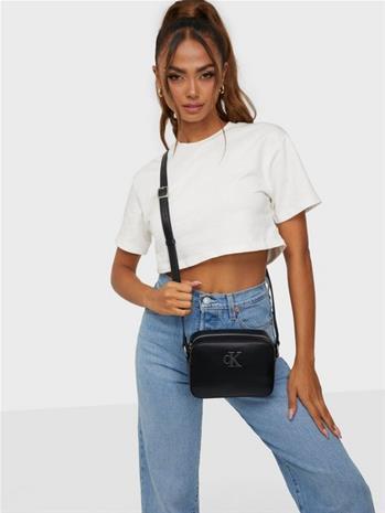 Calvin Klein Ck Quilt Camera Bag