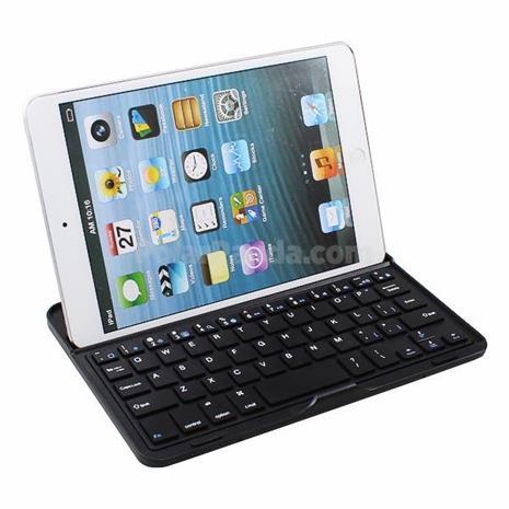 Apple iPad Mini, suojakotelo näppäimistöllä